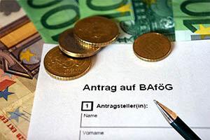 BAföG Antrag und Formblätter